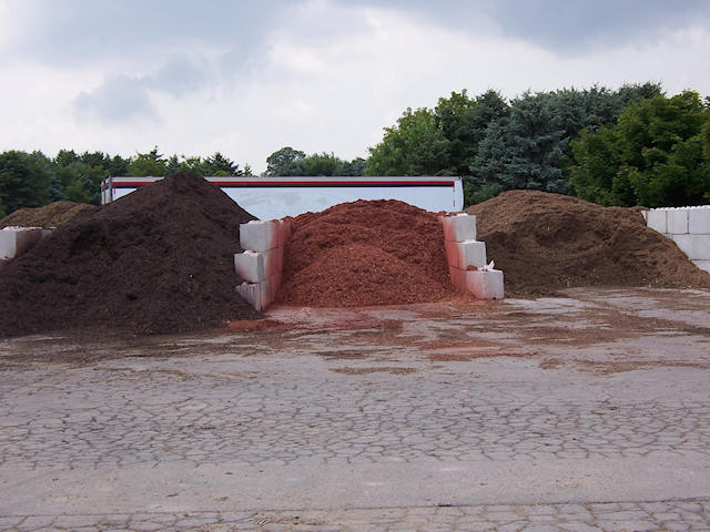 Landscape Mulch (colored)